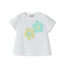 short sleeve t-shirt with applied flowers